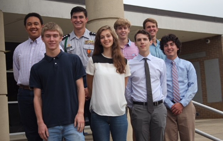 SHS Celebrates 8 Top Scholars